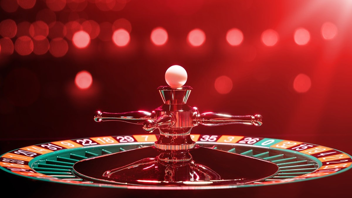 Macau gaming scholar wants to dump 20-year casino licenses